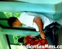 Indian college couple getting horny and leman in college parking place (new)