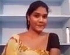 Concerning Bhabhi Chuche Dhikhate Huwe
