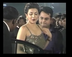Hot Indian actresses Kajal Agarwal showing their succulent butts and ass show. Fap challenge #1.