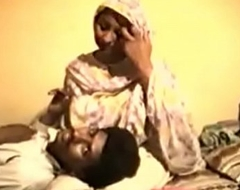 Shy Desi Aunty Reluctantly Fucks at bottom Video for Rupees
