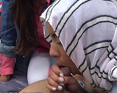 MIA KHALIFA - Expert Cock Sucker Teaches Fellow Arab How To Properly Give Tripper
