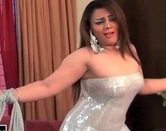GHAZAL CHAUDHARY NEW BOLLYWOOD MUJRA - PAKISTANI MUJRA DANCE