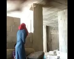 Pareja de coldness India teniendo sexo en un lugar abandonado