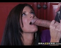 Lean mummy (India Summer) cheats on her husband (Johnny Sins) - BRAZZERS